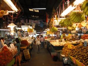 ミンブリの市場:果物屋