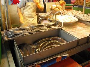 ミンブリの市場:魚屋(淡水魚)