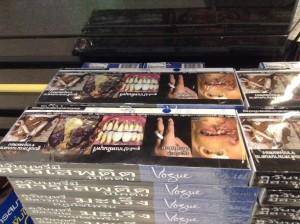 バンコク・スワンナプーム国際空港免税店で販売されているタバコ