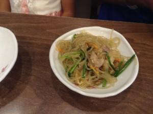 ソウル・明洞の食堂のおかず 4