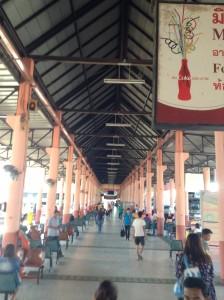 ウボンラーチャターニーのバスターミナル