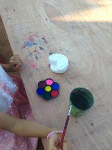 好きな色に塗ってゆきます。