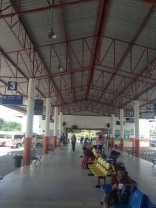 ヤソートンのバスターミナル